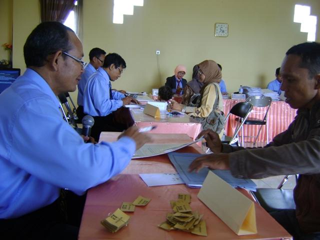... Murid Mulai Serbu Sekolah RSBI, Baru Dua Hari Sudah Ratusan Pendaftar