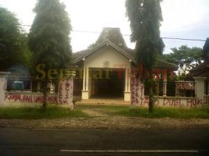 Balai Desa dicoret1