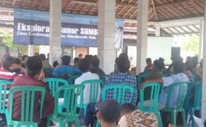 Sosialisasi rencana eksplorasi sumur sumber oleh JOB PPEJ di Balai Desa Sambonggede, Kec. Merakurak