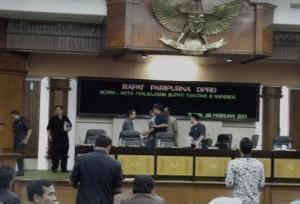 Paripurna Nota Penjelasan Bupati Tuban atas 8 Raperda usai digelar di DPRD Tuban