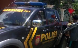 "Mobil Patroli 801 Polsek Montong Lagi ""ngombe"" solar eceran"