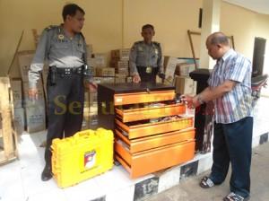 DIBAGI : Alata Identifikasi kiriman Mabes Polri dibagikan ke 10 Polsek