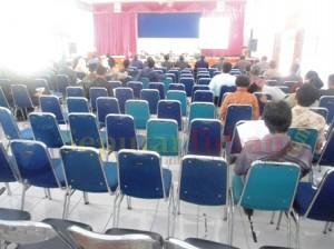 ABSEN : Sosialisasi POS UN banyak kepala sekolah yang tidak hadir