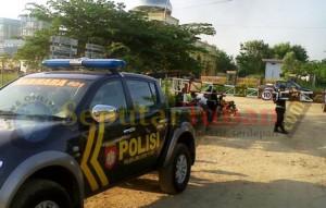 Polisi berjaga