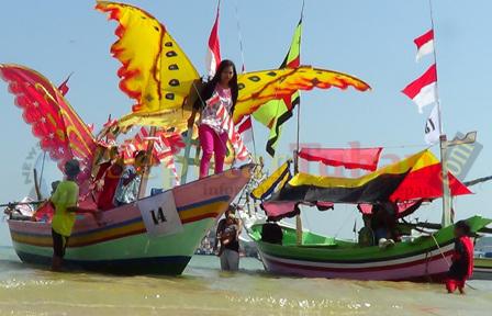 perahu hias tuban