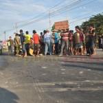 Protes Pipanisasi MCL Blokir Jalan