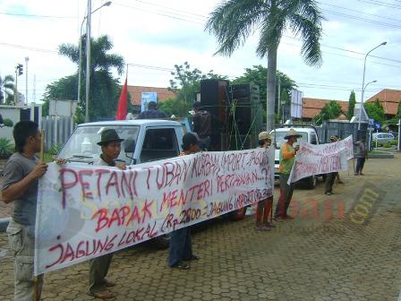 Demo Petani Tuban