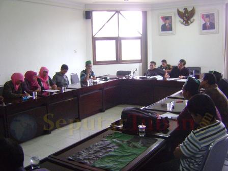Hearing HMI di DPRD Tuban