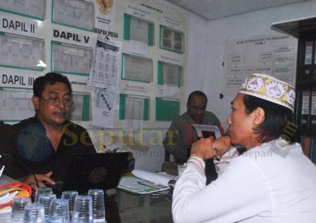 Chisbullah Huda diperiksa Panwalu Tuban