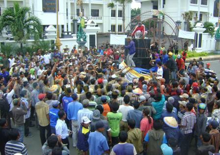Demo banjir Pemkab2