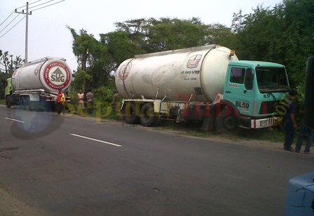 truk buld semen gresik