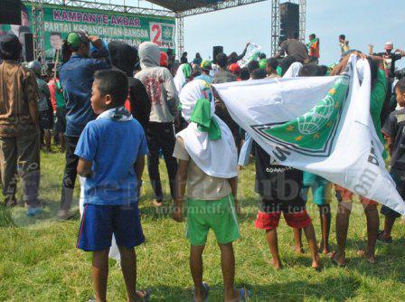Anak-anak Kampanye PKB Tuban