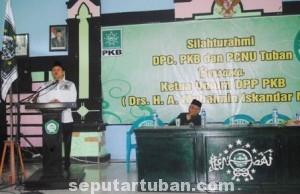 OPTIMIS MENANG : Ketua Umum DPP PKB saat menyampaikan sambutan acara silaturrahmi DPC PKB dan PC NU Tuban