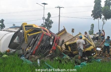 Kondisi truk Laka Pakis Tuban