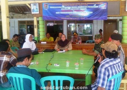 Warga Wanglu Wetan demo perangkat desa selingkuh