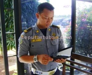 Kasi Hubungan Darat Dinas Pehubungan (Dishub) Pemkab Tuban, Imam Isdarmawan