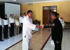 HARAPAN BARU : Pengurus Lemkari Tuban dikukuhkan oleh Ketua Lemkari Jatim