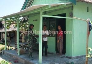 Bersyukur : Pasangan suami istri Matno dan Farotun kini memiliki rumah yang lebih baik dibanding sebelumnya