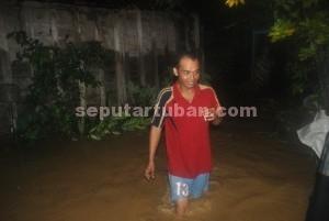 DIBIARKAN SAJA : Kondisi banjir di Desa Gaji merendam rumah warga setinggi lutut orang dewasa hingga 1 meter
