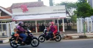 MILIK PEMKAB: Unit Pertokoan KPRI Beringin di Jalan Mastrip Tuban, Kamis (-4/12/2014) petang.