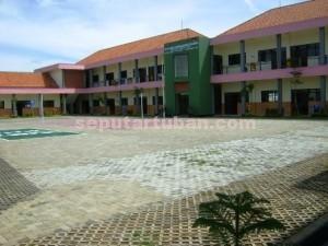 MASIH NGANGGUR : Gedung SDN Rahayu yang sudah selesai dibangun sejak sekitar 7 bulan lalu hingga saat ini belum digunakan