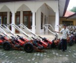 BANTUAN PUSAT : Inilah Hand Tractor yang akan diberikan kepada sejumlah petani