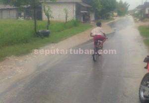 TETAP WASPADA : Kondisi di kawasan Kecamatan Palang usai hujan lebat