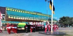 SIAP LUAR DALAM: Para anggota Paskibraka Kabupaten Tuban saat menggelar latihan terakhir di Alun-alun, Kamis (13.08/2015) pagi,