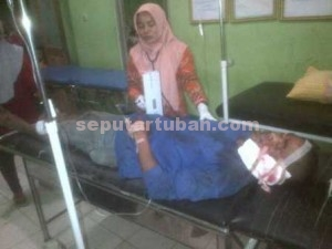 TERKAPAR : Korban saat dirawat di Puskesmas Montong