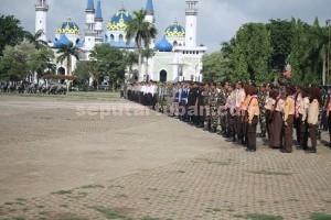 Siaga : Gelar Pasukan Ops Lilin Semeru 2015 di Alun-alun Tuban, Rabu (23/12/2015)