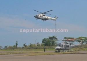 Datang : Helikopter yang ditumpangi Wapres, Jusuf Kalla saat akan mendarat di Helipad PT TPPI