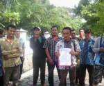 BABAK BARU : Perwakilan warga Desa Gaji saat akan berangkat ke PTUN Surabaya
