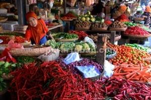MEROKET : Awal tahun harga sayuran di Pasar Tuban naik beragam