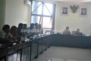 RESAH : Kades ring 1 PT Semen Indonesia akan menolak seluruh dana CSR jika manajemen BUMN itu tidak komunikatif.
