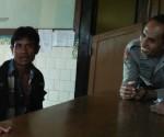 DIBEKUK : DPO saat di Mapolsek Montong usai dibawa dari lokasi penangkapan