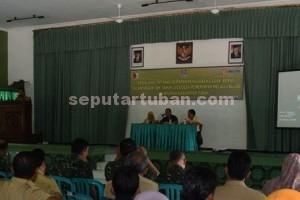 DORONG BULOG : Suasana pertemuan di Gedung Letda Sucipto Kodim 0811 Tuban agar penyerapan padi (gabah) dan beras dari petani lebih maksimal