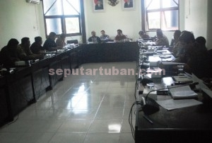 Raker Komisi A DPRD Tuban dengan AKD dan Bappemas, Pemdes dan KB Tuban