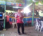 LANGSUNG ACTION : Anggota DPRD Tuban, Ilham Azka saat menyampaikan sambutan dalam sedekah bumi