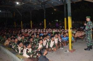 NKRI HARGA MATI : Dandim 0811 Tuban, Letkol Inf Sarwo Supriyo saat menyampaikan materi wawasan kebangsaan