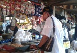 DITEMUKAN PELANGGARAN : Operasi Mamin di Pasar Baru Tuban