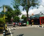 ATURAN BARU : Ruas jalan Basuki Rachmad Tuban yang akan difungsikan satu arah total