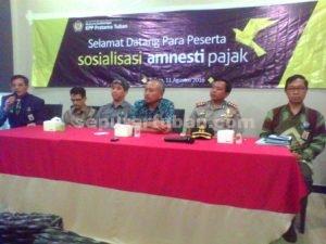 PERLU DITINGKATKAN : Para narasumber dalam sosialisasi amnesty pajak yang dilakukan KPP Pratama Tuban