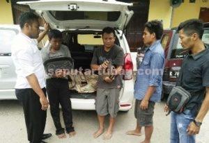 GAGAL SUKSES : Para pelaku saat diamankan anggota Sat Reskrim Polres Tuban