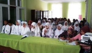 SERIUS : Para peserta seleksi Cung dan Ndhuk 2016 Kabupaten Tuban saat mengikuti pembinaan