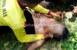 BARU DITEMUKAN : Kondisi korban saat ditemukan warga sudah parah teracuni pestisida
