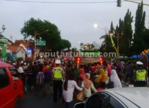 PADAT : Kondisi jalur pantura dipenuhi peziarah Haul Sunan Bonang