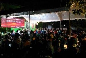 MERIAH : Reses anggota DPRD Tuban, Andhi Hartanto, S.Pd saat reses suasananya sangat hangat dengan kemeriahan sambutan masyarakat