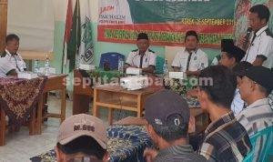 GAYENG : Ketua DPRD Tuban. H. M. Miyadi, S.Ag., M.M saat bersama masyarakat Kecamatan Kerek dalam reses-nya