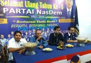 PENUH MAKNA : Suasana acara memperingati HUT Partai NasDem di kantor DPD Tuban