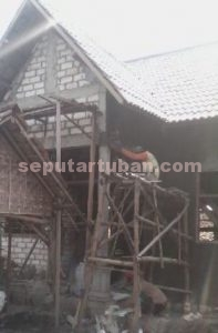 PRO RAKYAT : Proses pembangunan Polindes sedang dikerjakan